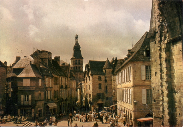 sarlat-from-tanikita