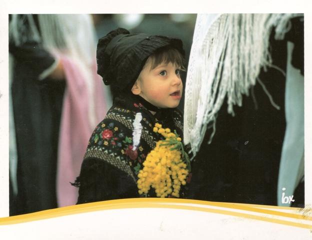 009, costume-tradizionale-valdese
