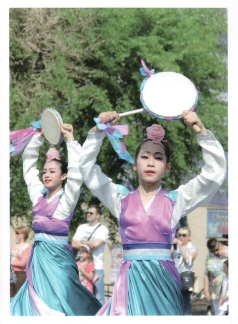 korean-dancers-from-bellat